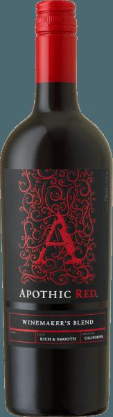 L'obiettivo dei viticoltori di Apothic Wines è quello di creare vini con carattere, che allo stesso tempo si rivolgono a una vasta massa. A questo scopo, la viticoltrice Debbie Juergenson si affida alle peculiarità dei singoli tipi di uva, che sono inclusi nei vini apotici. Così, oggi, hanno creato le straordinarie cuvée Apothic Red e Dark, una fruttata, l'altra piuttosto aspra. Il fascino gotico delle etichette, che allude al Medioevo oscuro e misterioso, dà ai vini un altro punto di vendita unico. Un compagno ideale per una serata storica o per il prossimo film di paura! L'Apothic Red di Apothic Wines dalla California offre un colore rosso cremisi brillante nel bicchiere roteato. Versato in un bicchiere da vino rosso, questo vino rosso degli Stati Uniti offre aromi meravigliosamente fragranti di amarena, gelso, prugna e mirtillo, completati da cannella, vaniglia e spezie orientali. Il Apothic Wines Apothic Red ci mostra un palato incredibilmente fruttato, che non è senza ragione a causa del suo profilo di sapore di dolcezza residua. Sulla lingua, questo vino rosso equilibrato è caratterizzato da una struttura incredibilmente densa. Grazie alla sua acidità di frutta equilibrata, il Rosso Apotico lusinga il palato con una sensazione vellutata senza mancare di freschezza allo stesso tempo. Il finale di questo giovane vino rosso della regione vinicola della California convince finalmente con un buon riverbero. Vinificazione del Apothic Wines Apothic Red L'equilibrato Apothic Red dagli Stati Uniti è una cuvée, fatta dai vitigni Cabernet Sauvignon, Merlot, Primitivo e Shiraz. Dopo la raccolta a mano, l'uva viene immediatamente portata in cantina. Qui sono selezionati e suddivisi con cura. Segue la fermentazione in serbatoi di acciaio inox a temperatura controllata. Una volta completata la fermentazione, l'Apothic Red può continuare ad armonizzare sulle fecce fini per alcuni mesi. Raccomandazione di cibo per Apothic Wines Apothic Red Questo vino rosso americano si gusta 